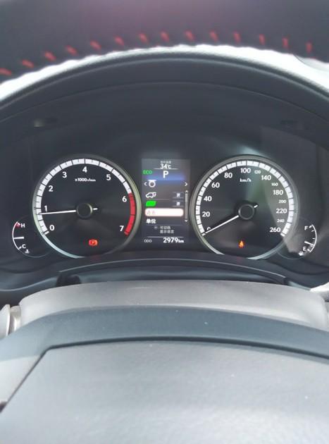 Lexus NX200T F-Sport,涡轮上身