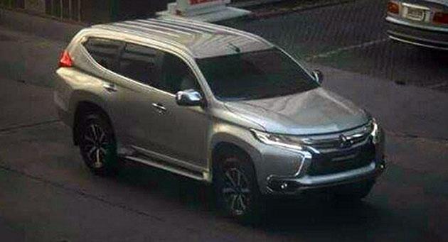 野生2016 Mitsubishi Pajero在曼谷街头被捕获!
