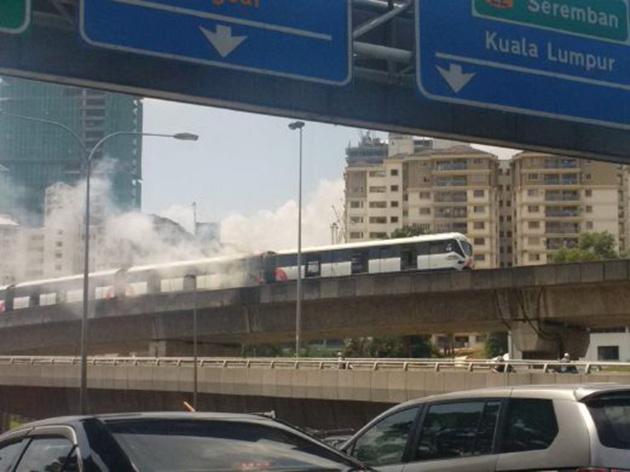 Kelana Jaya Line LRT故障频出!