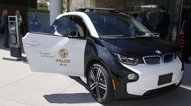 马来西亚Evo X警车输了!洛杉矶警察使用BMW i3当警车!