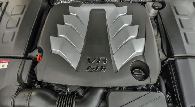 Kia K900加入更多引擎选项,企图和自家兄弟Genesis G90拼市场!