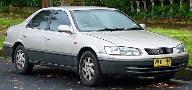 Toyota Camry,历经十代的进化!