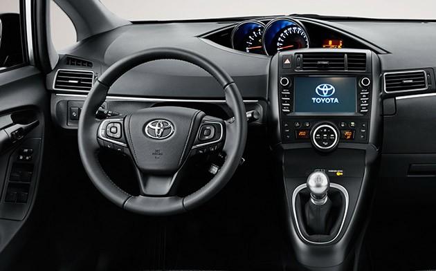 Toyota Verso 2016年式现身!添加全新安全配备登场!