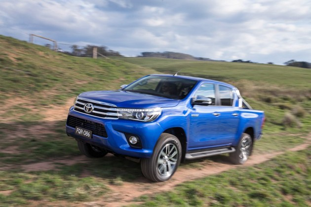 Toyota销售员:全新Hilux会在明年3月/4月登场!