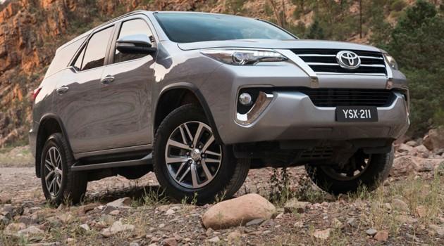 2016 Toyota Fortuner规格确定!会有2.4L和2.7L两个版本!