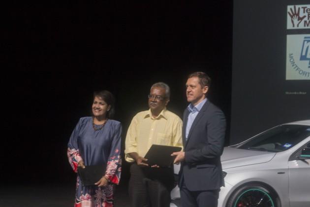 Mercedes-Benz Malaysia捐献超过20万令吉支持道路安全,文化艺术和教育方面的计划