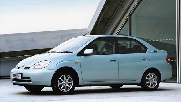 混合动力之王!Toyota Prius四代目全回顾!