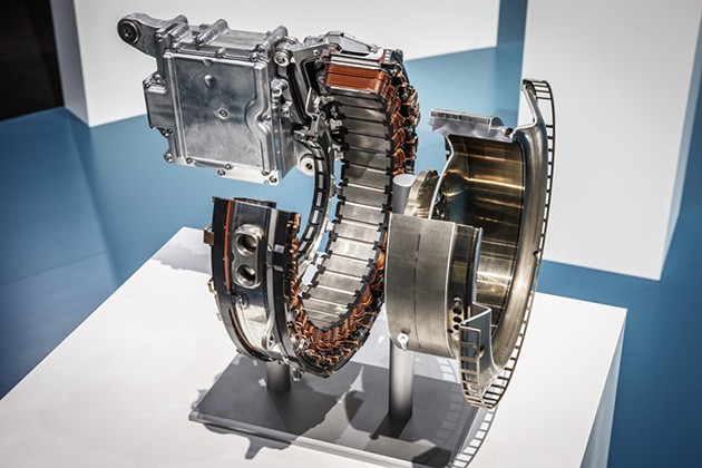 Mercedes-Benz发布全新直列6缸轻度混合动力引擎!预计搭载在小改款S Class!