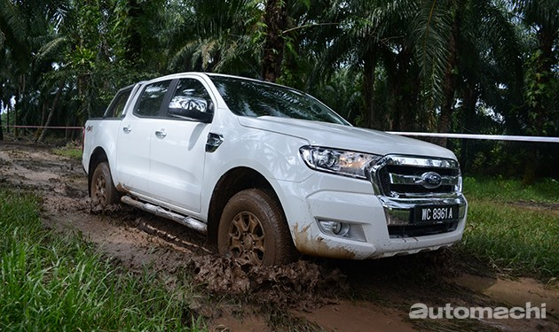 残酷厮杀!Toyota Hilux 2.8G VS Ford Ranger 3.2 Wildtrak