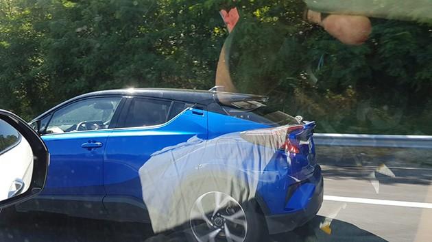 蓝色更耀眼!Toyota C-HR蓝色谍照再现身!