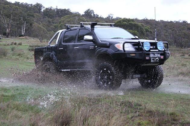 皮卡界的神车!为什么Toyota Hilux在我国如此受欢迎?