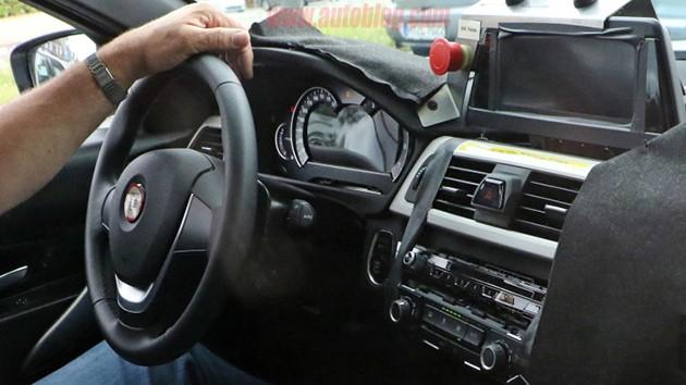 2018年现身!BMW G20 3 Series内饰图首次曝光!