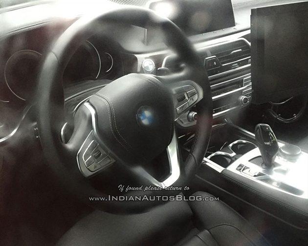 发布前最后造势,全新 BMW 5 Series 内装宛如小一号7 Series!