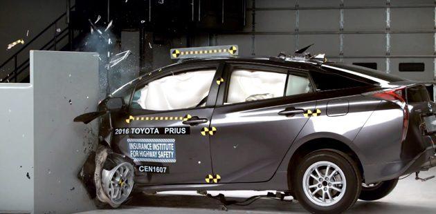 第四代Toyota Prius在IIHS测试