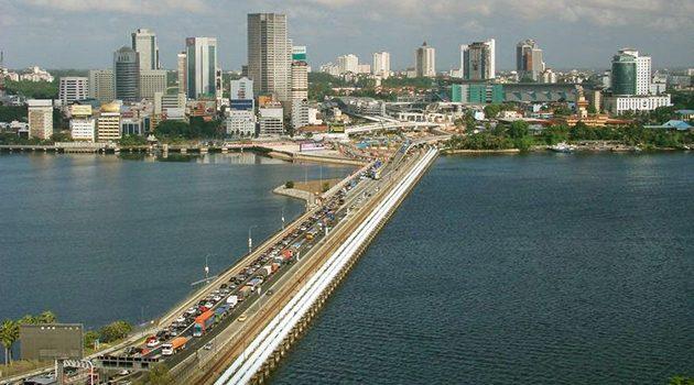 从11月起国外车辆进入柔佛将被征收  caj jalan raya  !