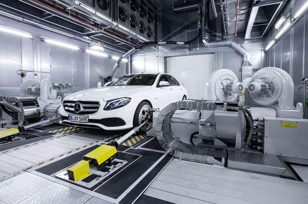 Mercedes-Benz 发表全新V8和L6引擎!