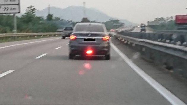 身为驾驶者你知道 Rear Fog Lamp 怎么用吗?