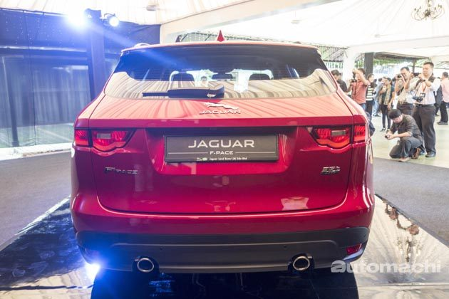 loc-jaguar-f-pace-officially-launched-02