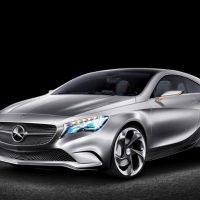向E Class靠拢! 2018 Mercedes-Benz A Class 内装曝光!
