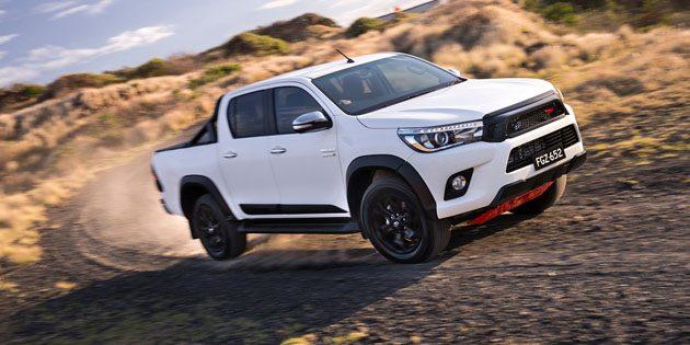 战斗皮卡! Toyota Hilux TRD 登场!