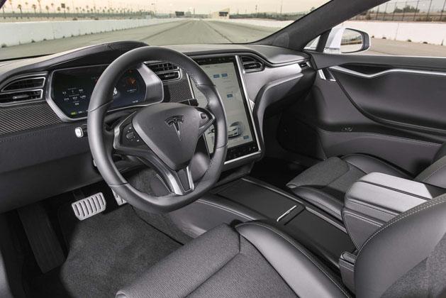 2017-tesla-model-s-p100d-interior