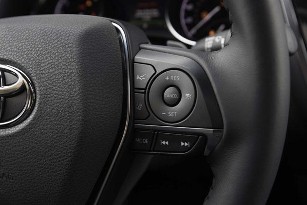 2018 Toyota Camry Xse V 6 Steering Wheel Controls 02 Automachi Com