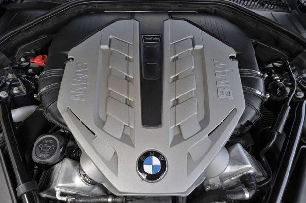 BMW M5 2018 细节披露!最大马力600 hp!