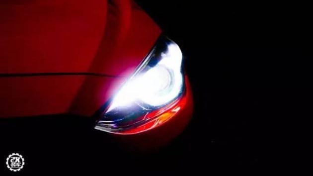 Mazda3 走 HellaFlush 风格,改装得好棒棒!