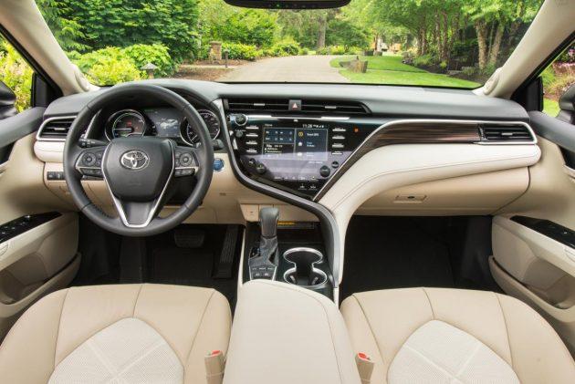Honda Accord 2018 与 Toyota Camry 2018 四大方面比一比!