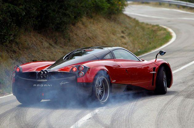Pagani Huayra 被人靠,车主有权利生气吗?
