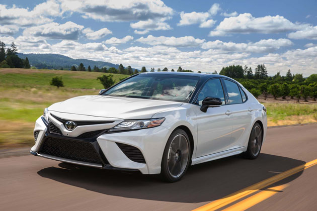 2018-toyota-camry-xse-front-three-quarter-in-motion-04 ...