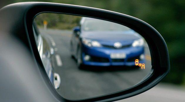 Blind Spot Monitoring 原来不是每个品牌的盲点侦测都好用!