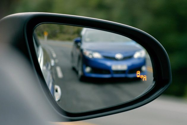 Blind Spot Monitoring 盲点侦测原来不是每个品牌都好用!