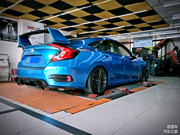 Honda Civic FC 改出 300hp!车主是怎么办到的?
