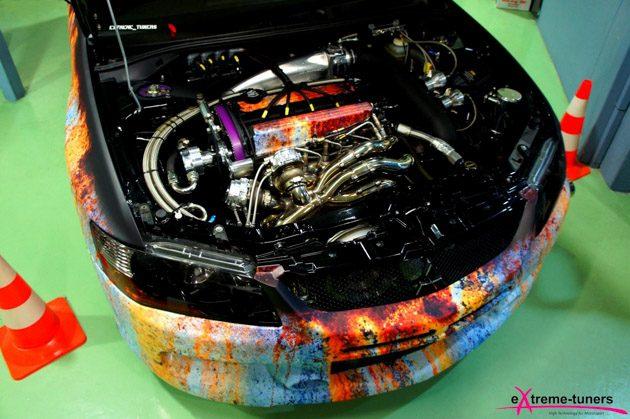 这辆 Mitsubishi Lancer Evolution 换装巨型涡轮后,8秒就飙出298km/h!