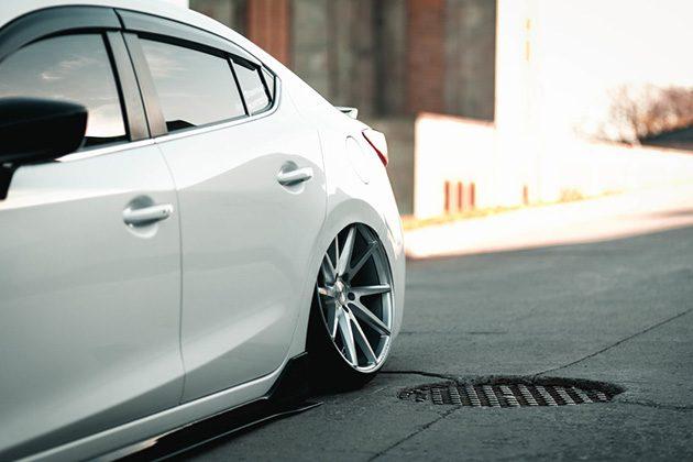 当魂动遇见低趴, Mazda3 低得不要不要!