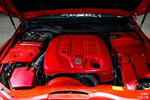 法拉利红改装 Toyota Mark X ,骚到不要不要!