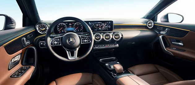 Mercedes-Benz A Class 2018 内装正式公开,超越同级!