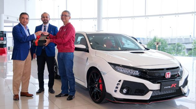 马来西亚第一个 Honda Civic Type R FK8 车主诞生!