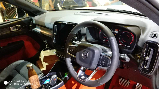 Volvo XC40 正式登陆东南亚,现身新加坡车展!