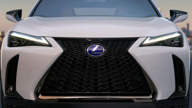 日内瓦车展: Lexus UX 发布前夕正式曝光!