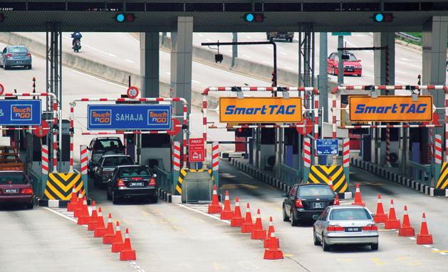 给了钱还塞车,首相承诺将废除更多大道 Toll 收费站!