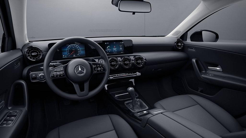 2018 Mercedes-Benz A Class 低配版发布!你觉得怎么样?
