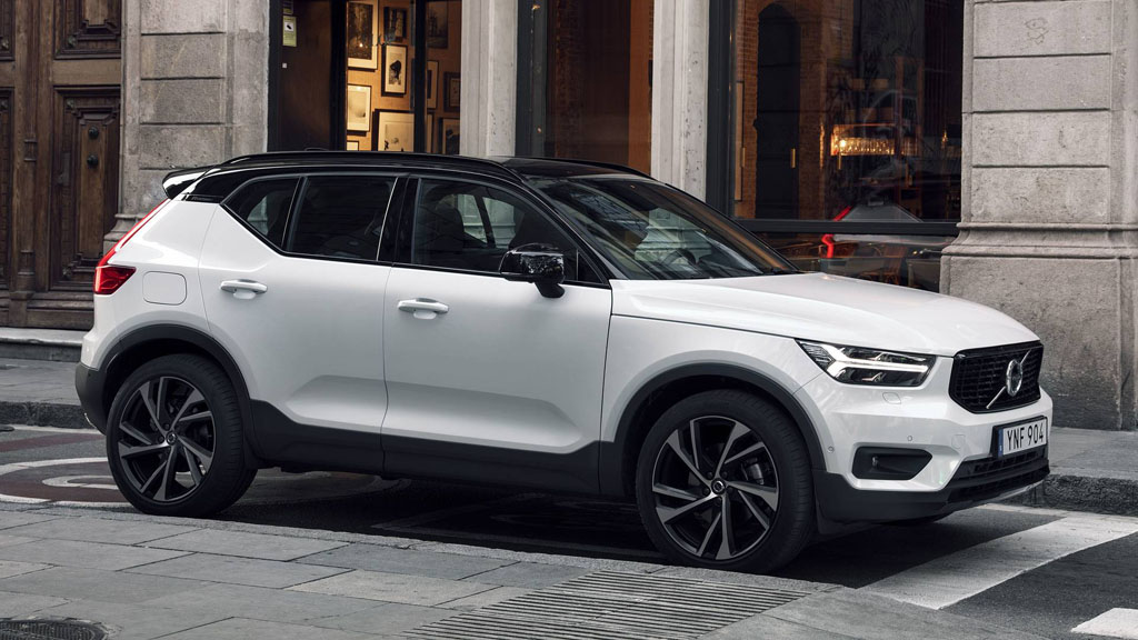 2018 volvo xc40 t4 rm 187 000. Black Bedroom Furniture Sets. Home Design Ideas