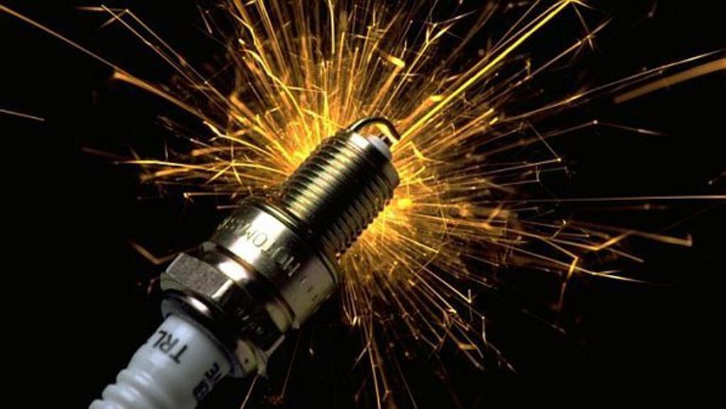 养车小知识:火星塞( Spark Plug )多久换一次?