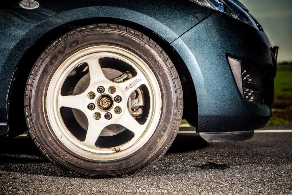 改泰凶!700 hp 怪兽级 Mazda2 !