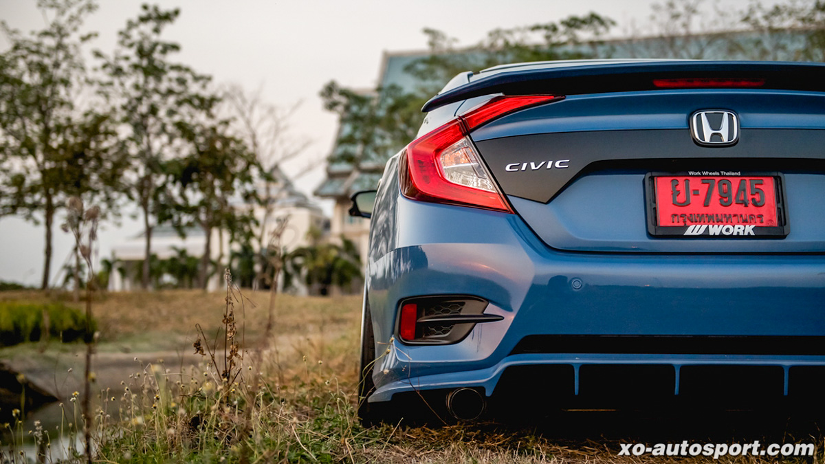 外挂一下,视觉系 Honda Civic FC 1.5 就有了207 hp的实力!