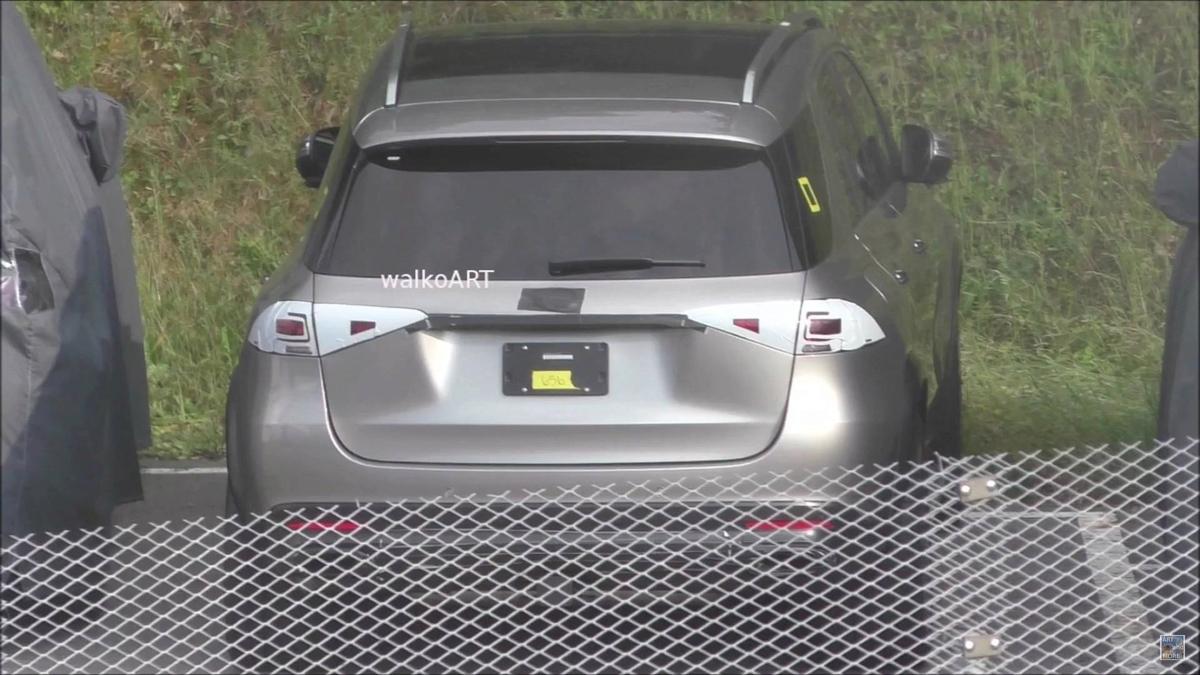 车尾长这样! Mercedes-Benz GLE 无伪装曝光!
