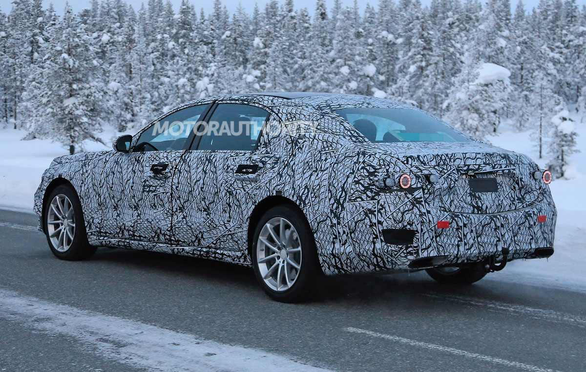 新一代 Mercedes-Benz S-Class 再现身,全面混动化!