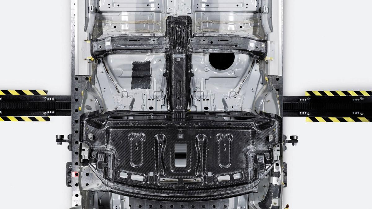 碳纤维复合材料打造,Polestar 1 刚性更高还更轻!